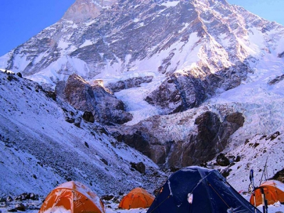 Makalu Base Camp Trek (fly in / drive out) 20  days