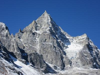 Lobuche East and Kyajo Ri Peak Expedition